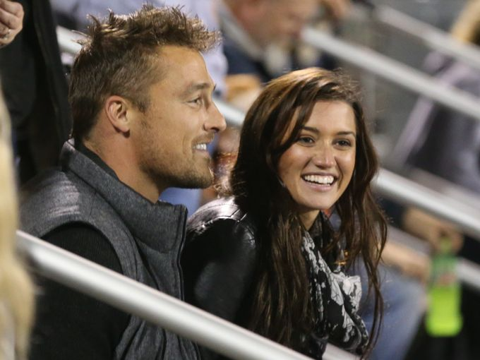 who is chris soules from the bachelorette dating On 6-11-1981 chris soules (nickname: chris) was born in arlington, iowa, united states he made his 15 million dollar fortune with the bachelor the actor currently single his starsign is scorpio and he is now 36 years of age.
